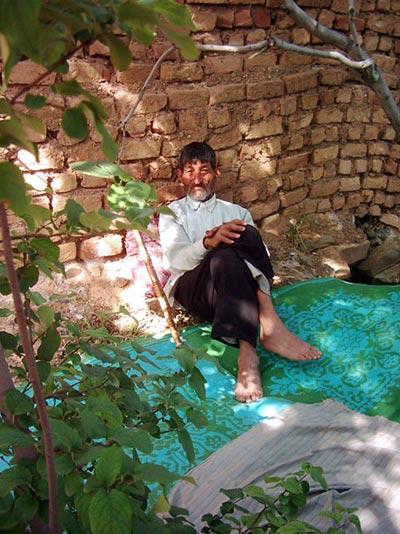 http://img.aftab.cc/news/91/mash_taghi.jpg