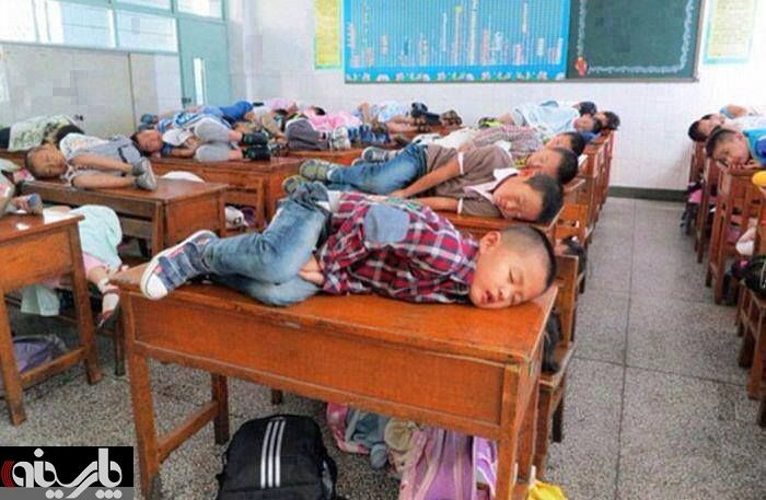 http://img.aftab.cc/news/92/china_students_sleep.jpg