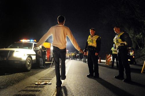 http://img.aftab.cc/news/95/dui-checkpoint.jpg