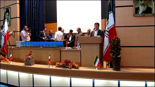 http://img.aftab.cc/news/savehsara/saveh_1389_javaan_e_bartar_2.jpg
